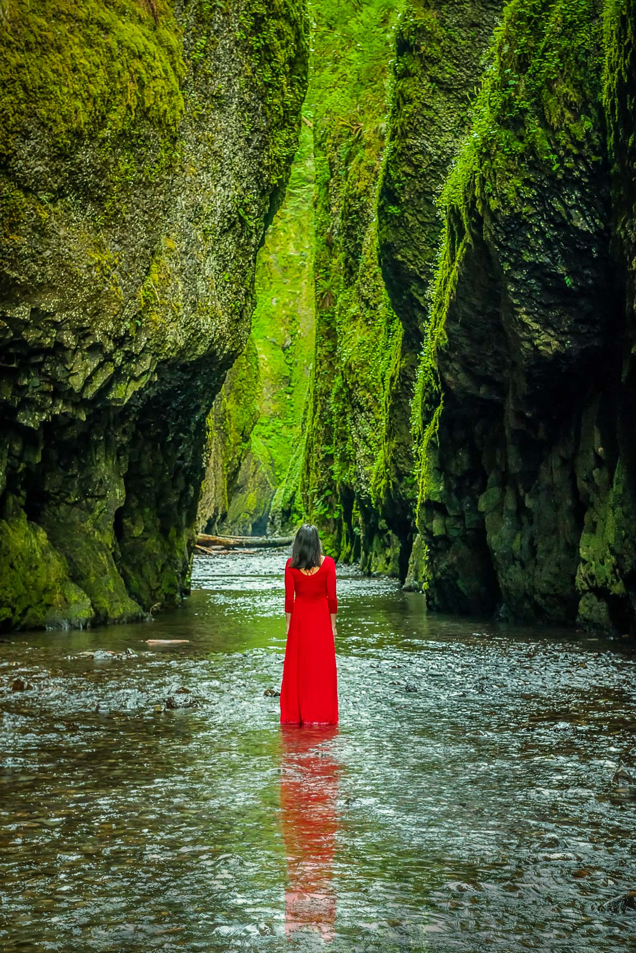 Lady in Red, Oneanta Gorge